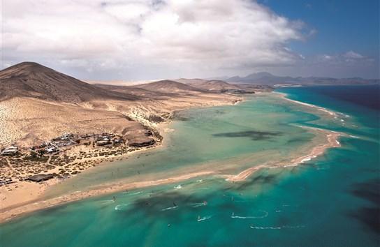 Ostrov Fuerteventura a windsurfing - pohled shora